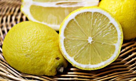नीम्बू – रखे आपकी सुन्दरता बरकरार (How to maintain your Beauty with Lemon)